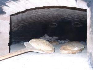 Brote auf Backschaufel