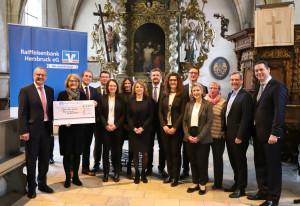 Spendenübergabe Raiffeisenbank
