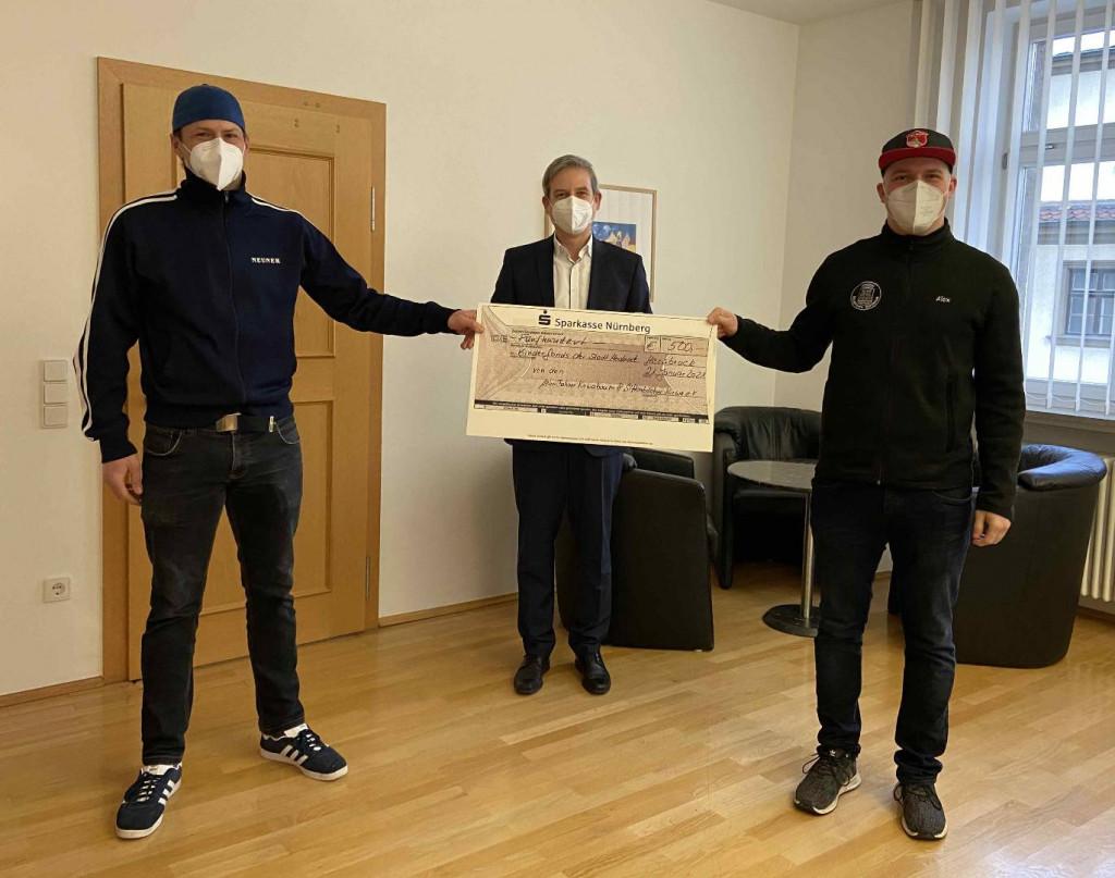 Kirwa Vereine Scheckübergabe Gruppe